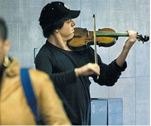 Joshua Bell at the subway station